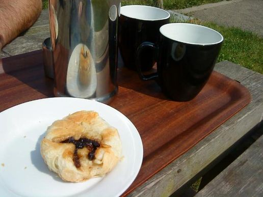 Eccles cake and coffee