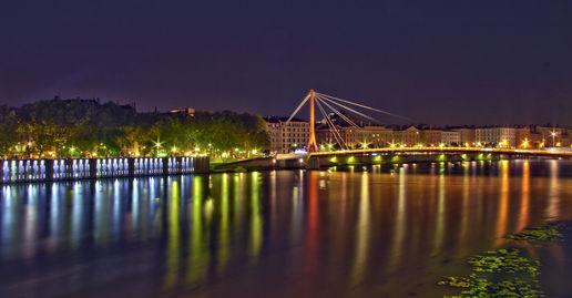 foto de La ville Lumiere at French & Frenchy