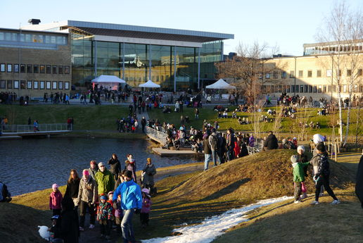 Valborg på campus 2012, Umeå University