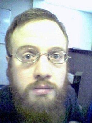 Short hair long beard. Short hair long beard. (viewed 927 times)