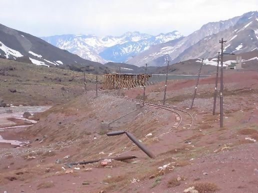 Remains of a trans-Andean railway at 3100 m