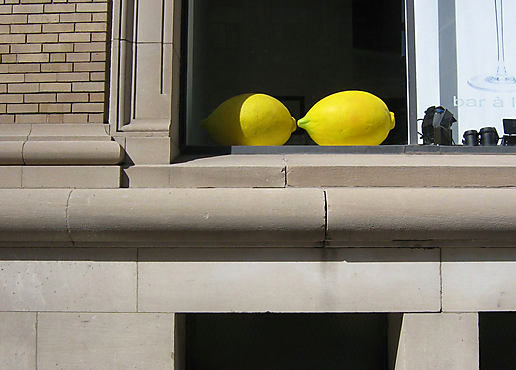 Shop window lemons