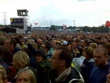 the crowd at the pyramid stage