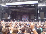 Throwing up the horns for Mastodon