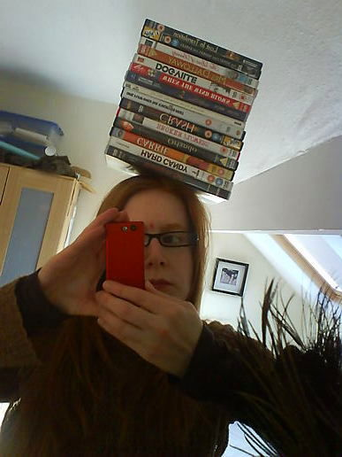 OK, so I can balance the things on my head, but how do you take a picture at the same time?