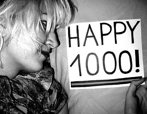 Happy (first) 1000 pics, Jule!
