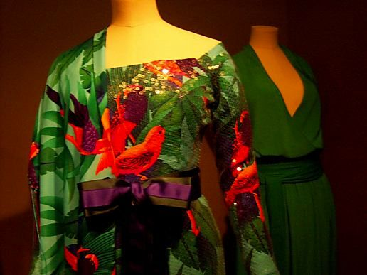 V&A Fashion Exhibition