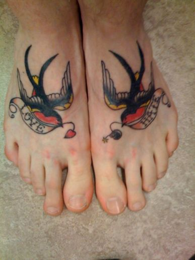 Female Tattoos With Tattoos For Girls Specially Feet Bird Tattoos designs Gallery