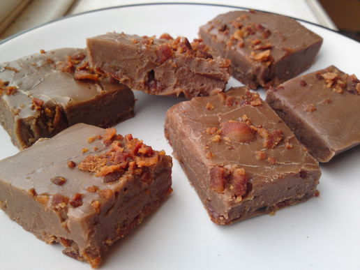 #Bacon chocolate fudge is a success! #food