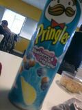 Blueberry & Hazelnut Pringles