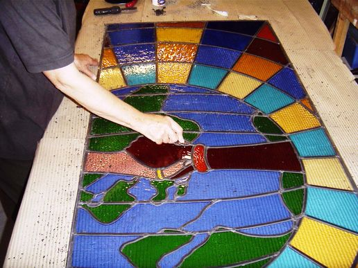 MAKING THE STAINED GLASS WINDOW 2006