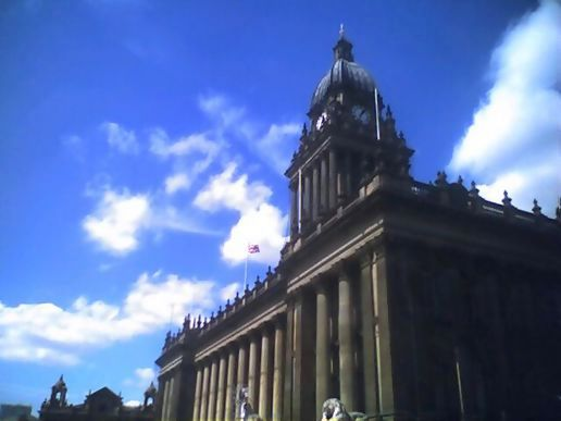 Walk about Leeds at lunchtime