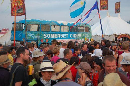 glastonbury-recap-cider-bus.jpg