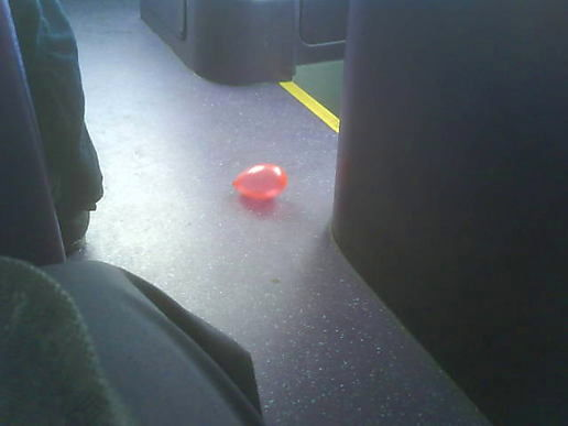 Balloon bus