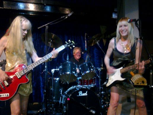 Tom Tom Club, Jazz Cafe
