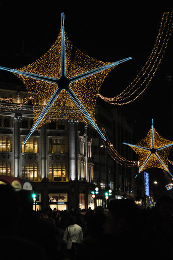 A twinkly night in London