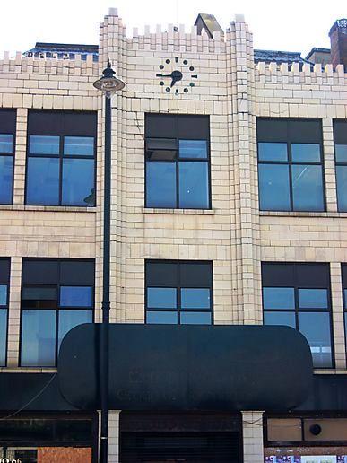 Shoreditch High Street: Shoreditch High Street, At Stopped Clocks