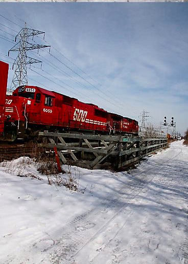 freight train, freight train, goin so fast