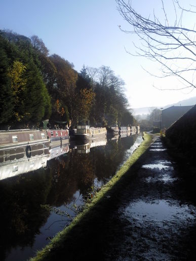 A muddy canal walk to Mytholmroyd