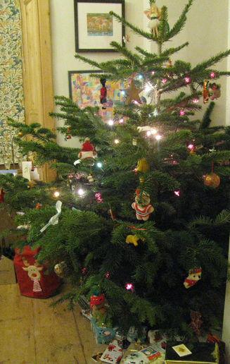 The tree and present opening