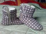 Spotty slipper booties!